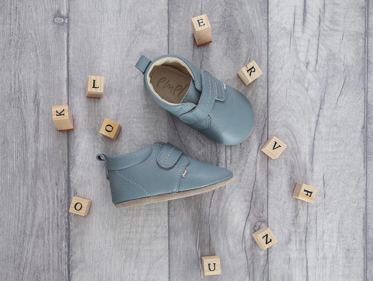 buty do nauki chodzenia,jak dobrać buty dla dziecka, pierwsze buty dla malucha,pierwsze buty dla dziecka