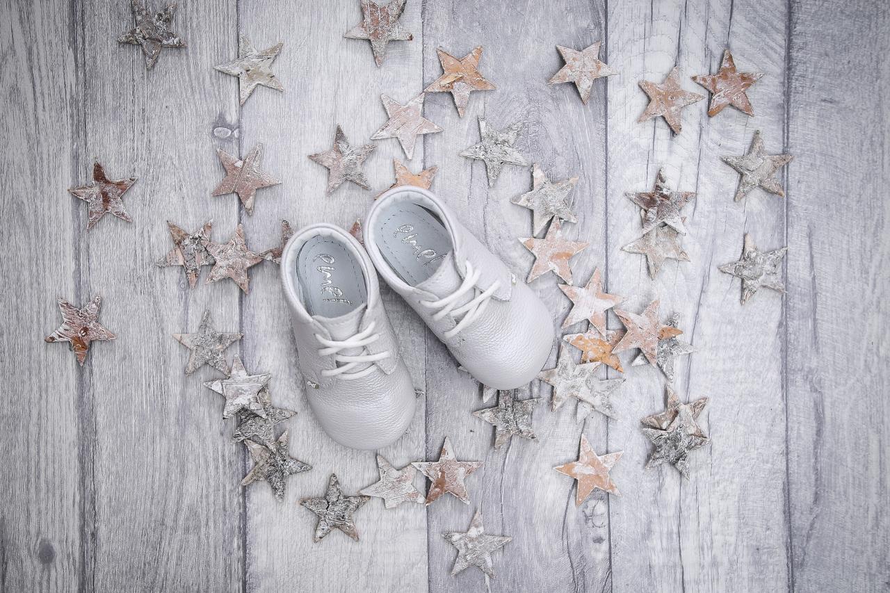 pierwsze buty dla malucha, pierwsze buty dla dziecka, ręcznie robione buciki dla dzieci